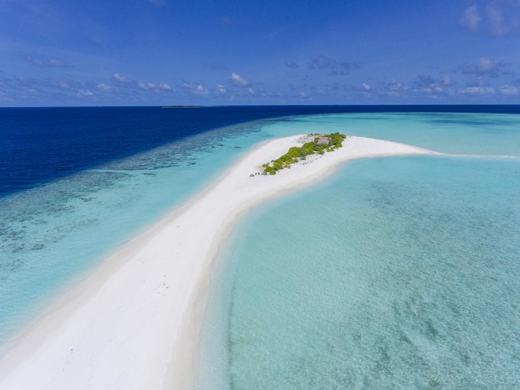 4 Days 3 Nights Royal Island Resort And Spa Maldives Pan Euro Travel